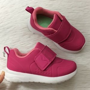 Cat & Jack Girls Sz 8 Pink Strap Sneakers